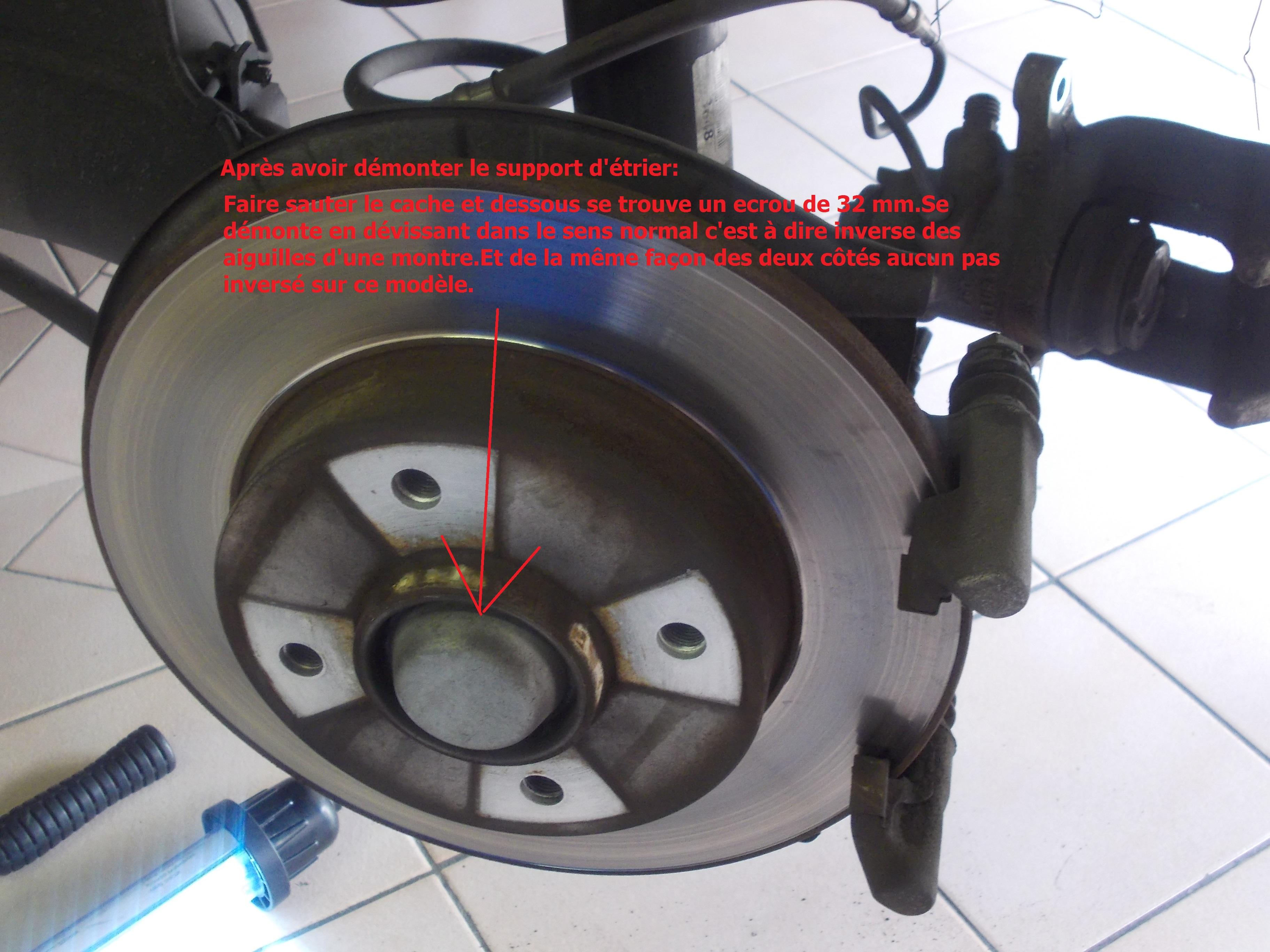 Changement disques et plaquettes arrière Peugeot 307 HDI 110 ...